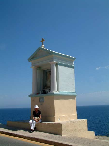 Monument overlooking the sea near Blue Grotto