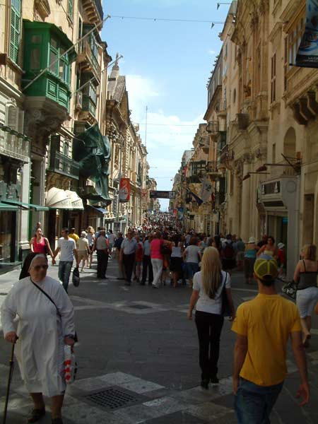Street scene in Valletta
