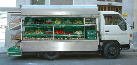 Mobile fruit and vegetable shop